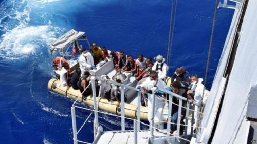 Cứu sống hơn 1.800 người di cư trôi dạt ngoài khơi Lybia - ảnh 1