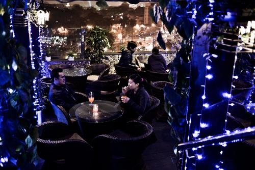 Những điểm hẹn hò cà phê lý tưởng tại Hà Nội - Ảnh 4