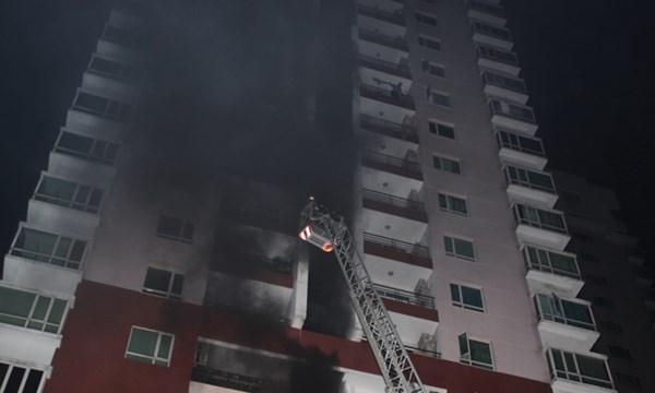 Kết quả hình ảnh cho Kỹ năng thoát hiểm khi gặp cháy ở nhà cao tầng.