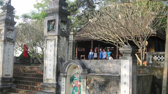Những chuyện kinh dị được đồn thổi từ một ngôi đền giữ kho báu củ