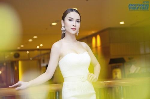 Yen Trang Nude Photos 50