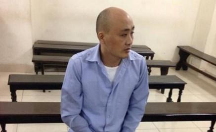 Trộm tiền trên máy bay, người đàn ông Trung Quốc lãnh 2 năm tù