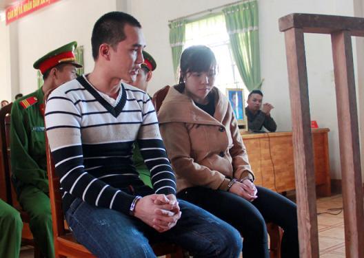 Hàng trăm người theo dõi phiên tòa xử vụ giết chồng người tình rúng động Lâm Đồng