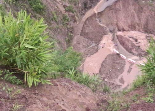 Sạt lở ở Lai Châu, hai bố con mất tích vì bị đất đá vùi lấp