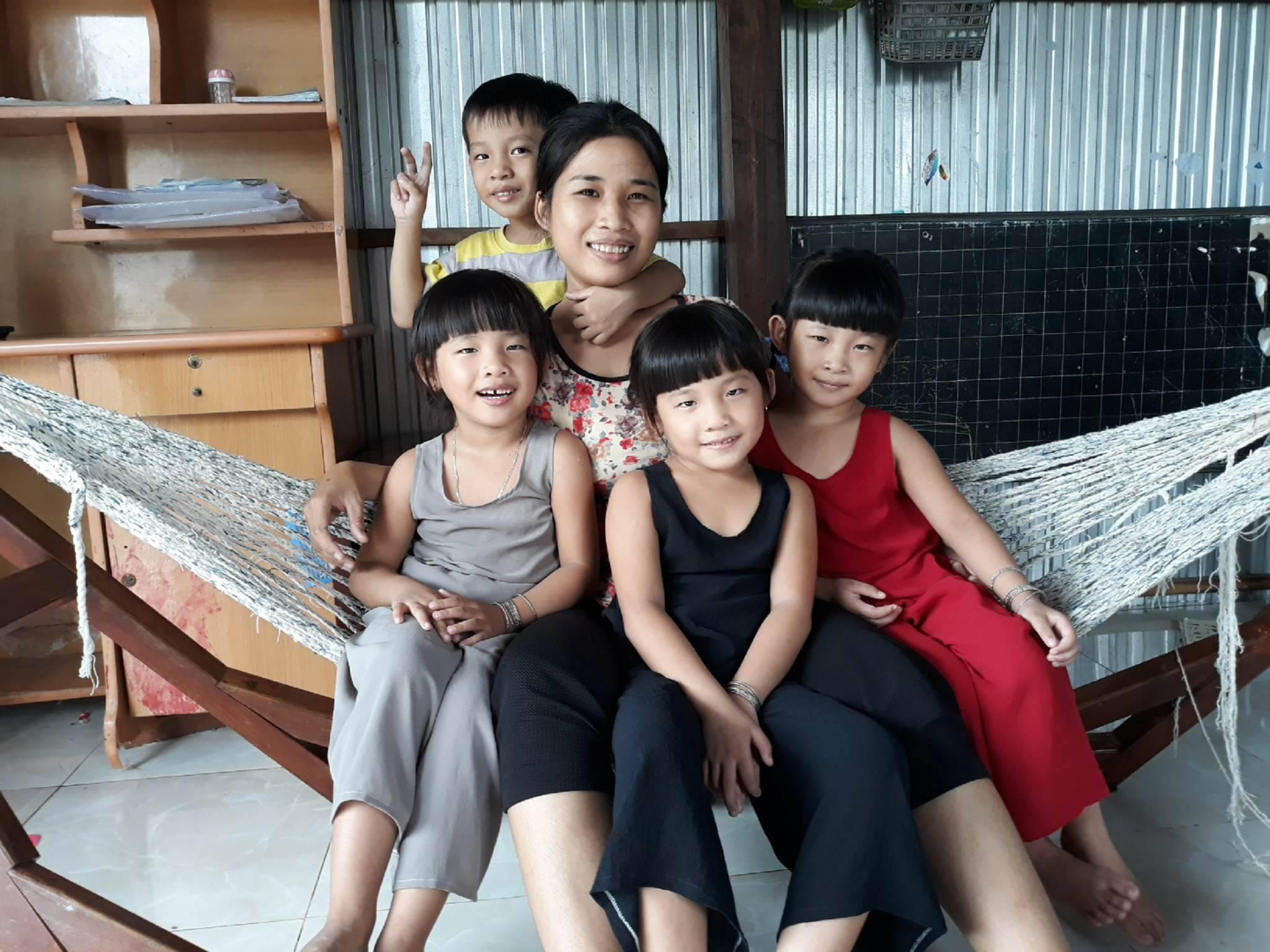 Người mẹ nghèo chia sẻ bí quyết chăm con