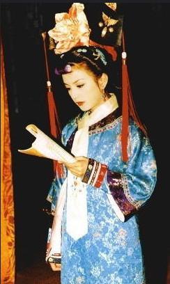 Mặc mọi scandal cãi vã, hình ảnh đẹp của Hoàn Châu Cách Cách còn mãi trong lòng khán giả - Ảnh 7.