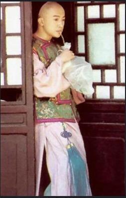 Mặc mọi scandal cãi vã, hình ảnh đẹp của Hoàn Châu Cách Cách còn mãi trong lòng khán giả - Ảnh 14.