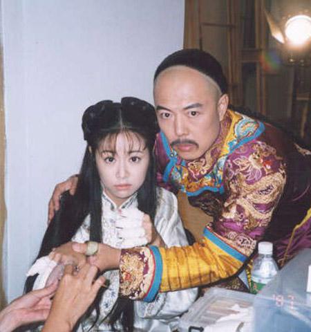 Mặc mọi scandal cãi vã, hình ảnh đẹp của Hoàn Châu Cách Cách còn mãi trong lòng khán giả - Ảnh 30.