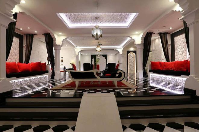 Chiêm ngưỡng tòa lâu đài 15 triệu đô siêu sang của ông chủ Khaisilk - Ảnh 8.