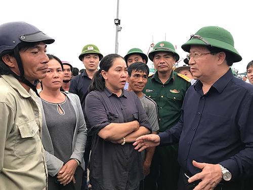 Phó Thủ tướng đôn đốc ứng phó bão số 14 tại Khánh Hoà