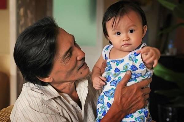 Ở tuổi ngoài 60, tài tử nức tiếng một thời Thương Tín chật vật kiếm sống nuôi vợ con - Ảnh 6.