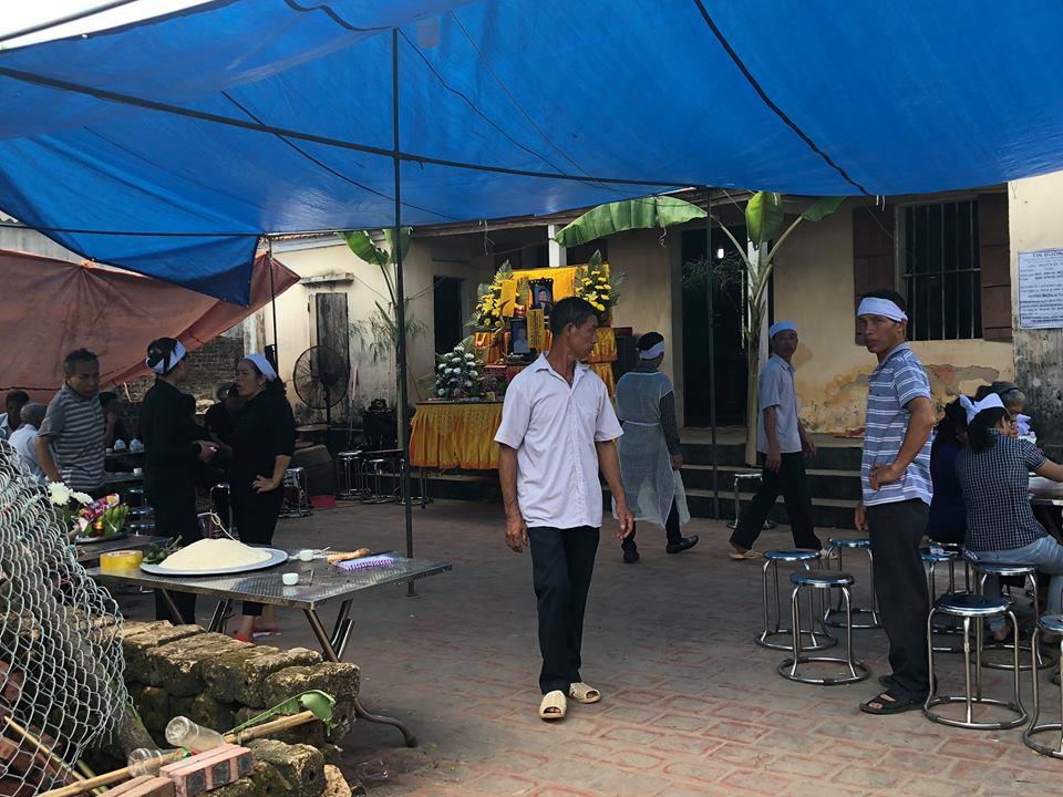 Vụ thảm án 3 người ở Thái Nguyên: Vợ nạn nhân ngất lịm trước cú sốc mất chồng, mất con