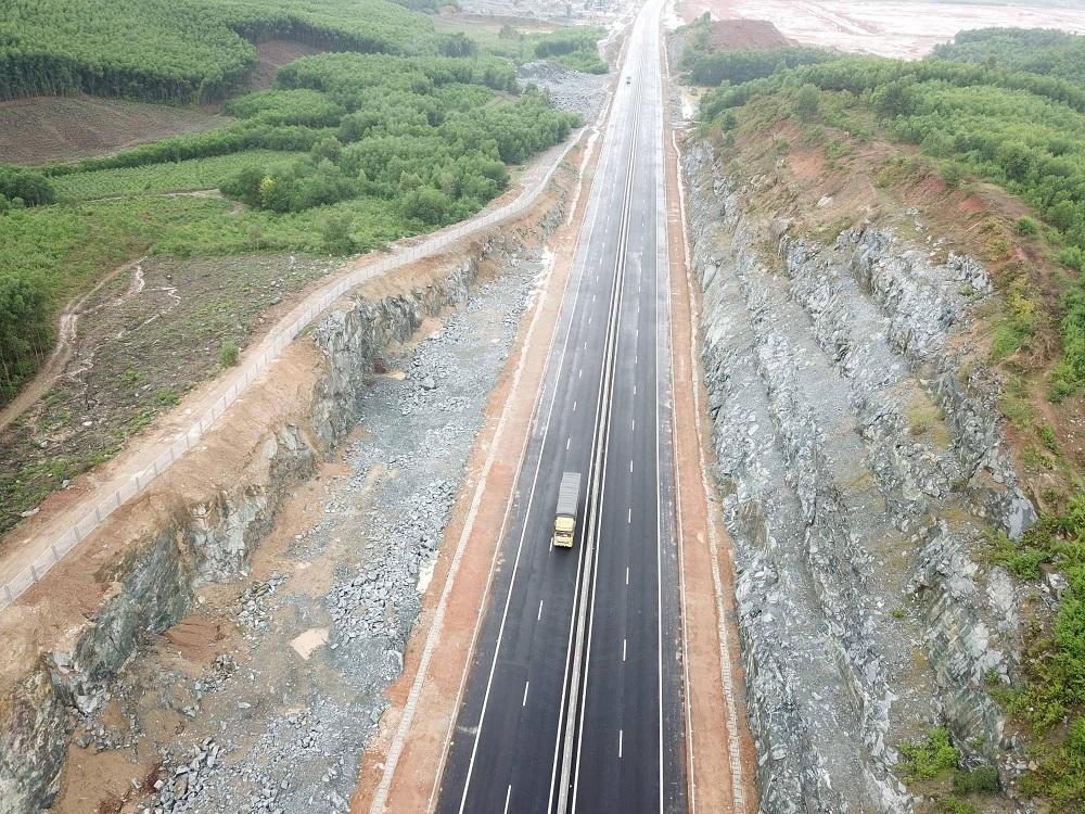 Thanh tra cao tốc Đà Nẵng- Quảng Ngãi:
