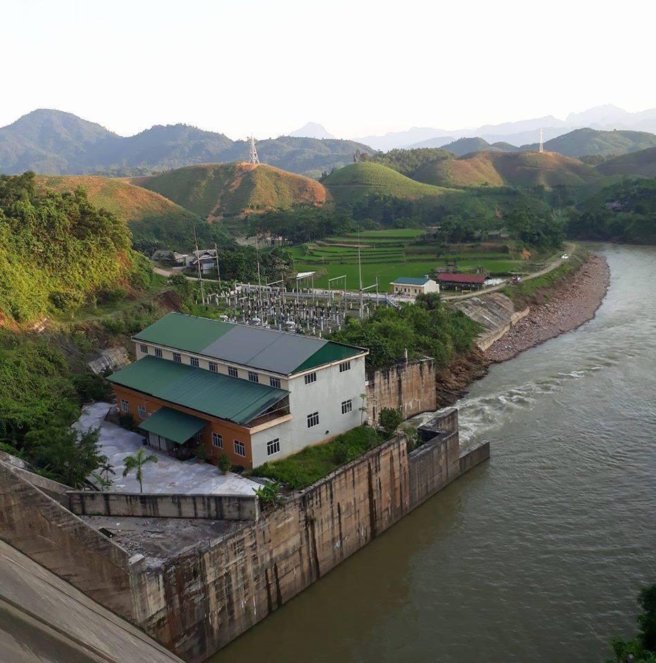 - Thủy điện sông Chừng Hà Giang: Cần đảm bảo quyền lợi cho nhà đầu tư