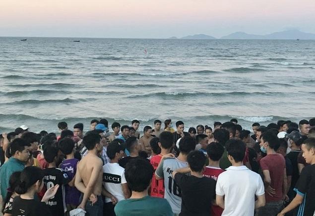 Quảng Nam: Phát hiện thi thể nam giới trôi dạt vào bãi biển Thống Nhất