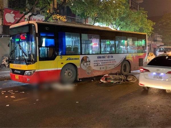 Va chạm với xe buýt, nam thanh niên tử vong thương tâm