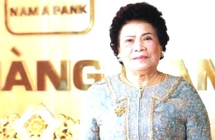 Lão bà Tư Hường – Chủ tịch HĐQT Tập đoàn Hoàn Cầu