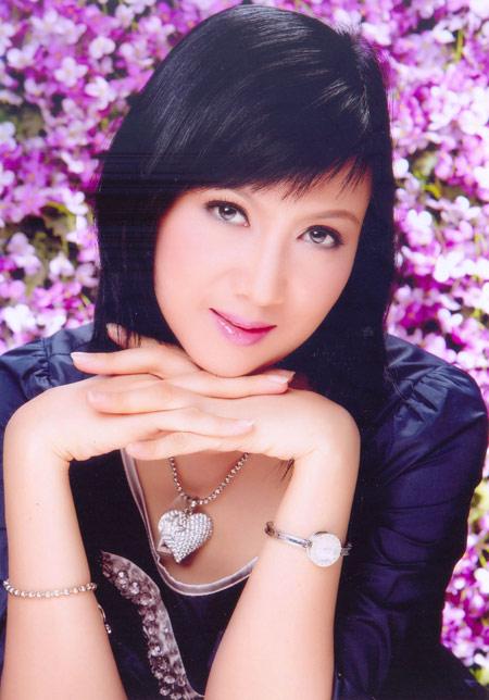Diễn viên Hiền Mai: Phụ nữ không nhất thiết phải vào bếp - ảnh 1
