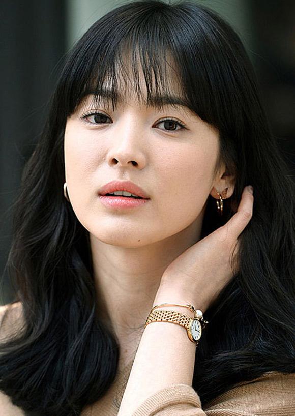 Tóc mái thưa -  xu hướng mê hoặc các quý cô Châu Á  - Ảnh 3