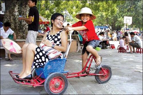 Cảm động 'tâm thư' MC Thảo Vân gửi con trai