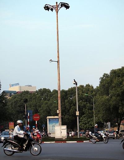 camera theo dõi nơi được cho là Nguyễn Mạnh Tường đi qua khi phi tang theo lời khai ban đầu của Tường