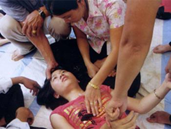 Chân dung người phụ nữ có con mắt thứ 3 và khả năng ngoại cảm