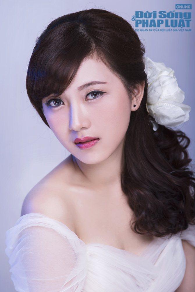 Rạng ngời trong ngày cưới nhờ phong cách trang điểm Hàn Quốc