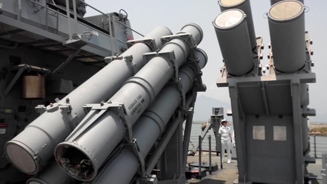 Chiến hạm Hoa Kỳ USS John S. McCain thăm Đà Nẵng