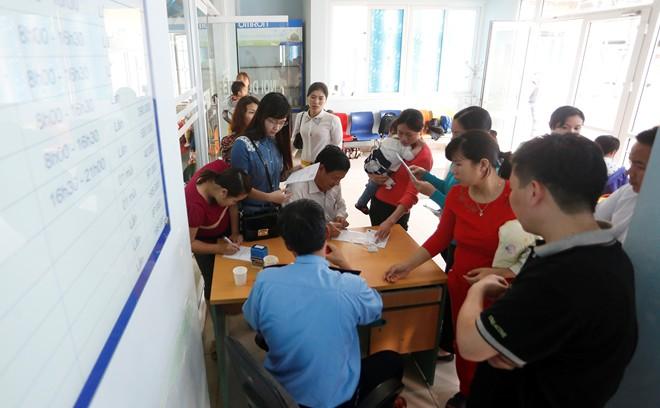 Dịch sởi nặng nhất trong hàng thập kỷ ở Việt Nam - Ảnh 1