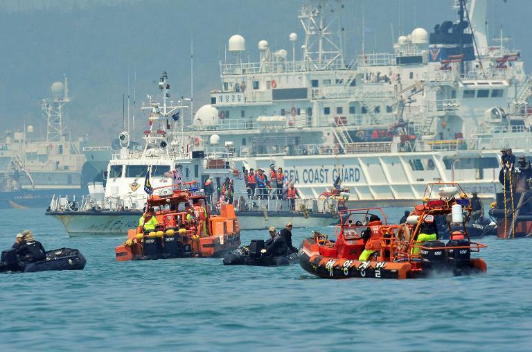 Chìm tàu Hàn Quốc: Bắt giữ giám đốc công ty chủ phà Sewol