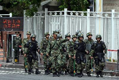 Đồn cảnh sát ở Tân Cương bị đánh bom