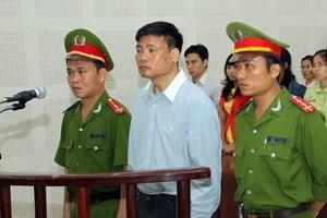 Giữ nguyên mức án đối với bị cáo Trương Duy Nhất - ảnh 1