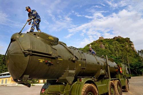 Tên lửa phòng thủ bờ biển của Việt Nam