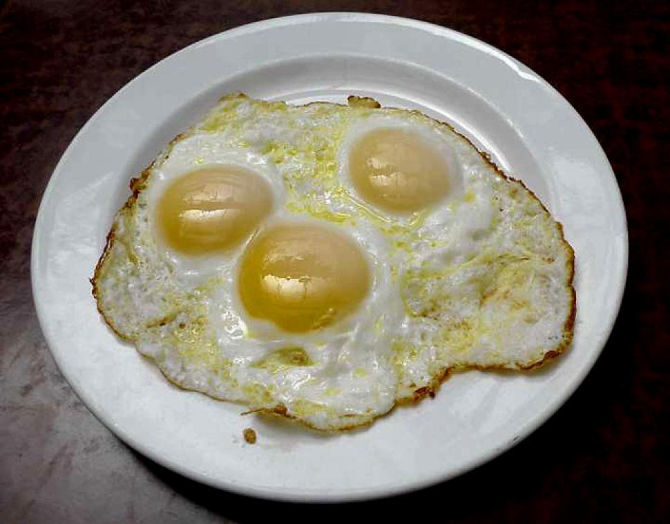 Nguy cơ xơ vữa động mạch từ lòng đỏ trứng gà