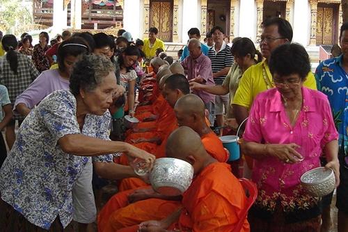Tết té nước ở một số  nước Đông Nam Á  - Ảnh 5