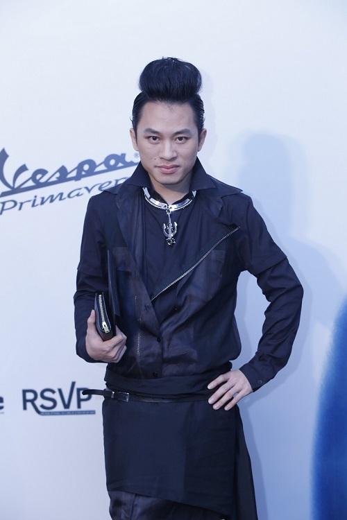 Đoan Trang vác bụng bầu 5 tháng đi xem thời trang-5