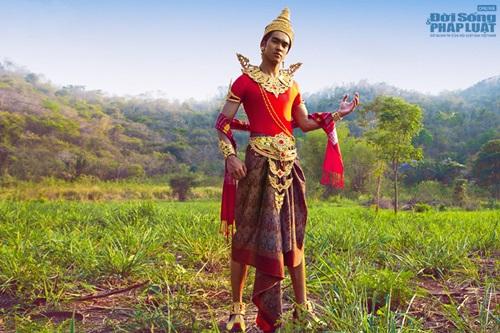 Hữu Vi nổi bật với trang phục dân tộc tại Mister Global 2014 - Ảnh 9