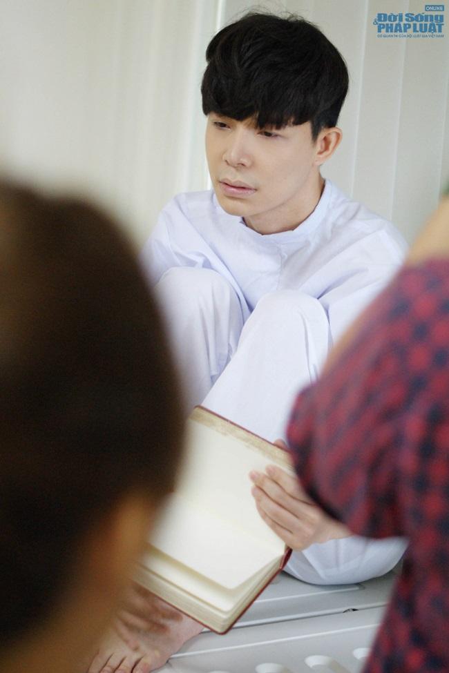 Nathan Lee bất ngờ nhập viện vì bệnh tâm thần
