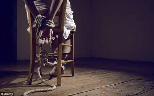 Câu chuyện gây sốc của cô gái bị lừa làm gái mại dâm khi 14 tuổi