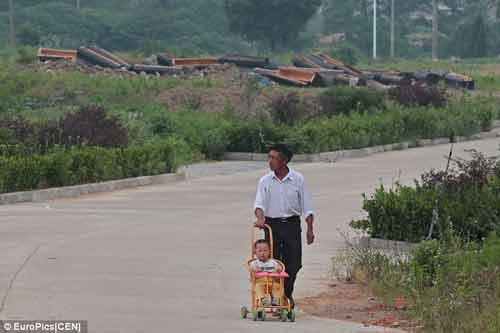 Trung Quốc: Hàng chục cụ già tự tử để…được chôn cất ở nghĩa trang