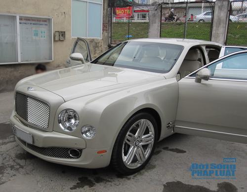 Bentley-Mulsanne-sieu-xe-Ha-Noi-01