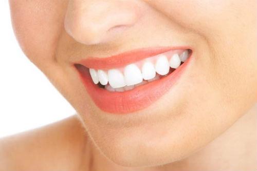 Kết quả hình ảnh cho Vậy với những ai không may sở hữu phải hàm răng