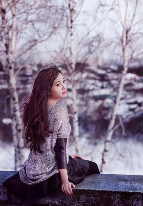 Chùm ảnh: Thiếu nữ Việt tỏa sắc giữa tuyết trời Nga
