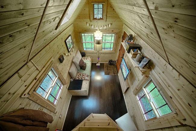 Cận cảnh ngôi nhà gỗ 12m2 giá 300 triệu đồng