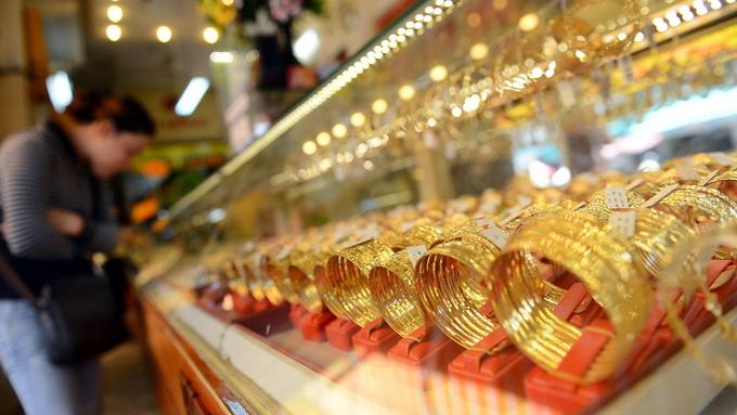 Vàng trong nước giảm giá 120.000 đồng/lượng