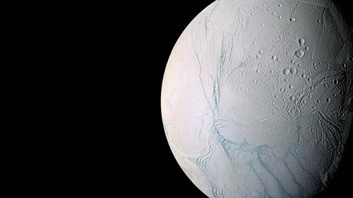 Biển trên vệ tinh của sao Thổ