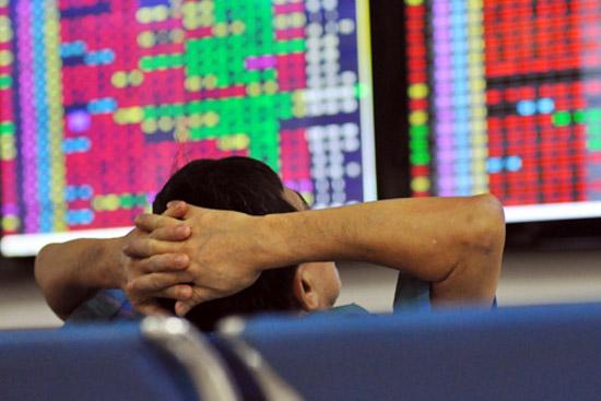 Giá vàng tăng 1 triệu đồng/lượng, chứng khoán khó lường