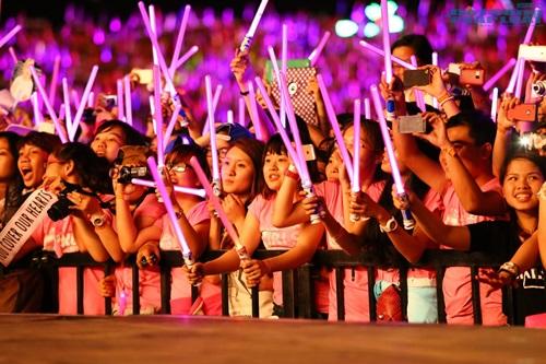 Các cô gái SNSD cực xinh, Miss A gợi cảm hút hồn fan Việt