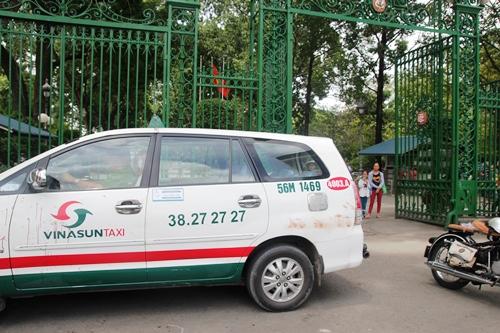 Ẩu đả kinh hoàng, lái xe taxi đoạt mạng lái xe ôm