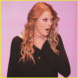 Những khoảnh khắc cười ra nước mắt của Taylor Swift